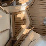 Instalacija PlasDECK umjetne tikovine na plovilu Regal 34