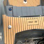 umjetna tikovina na gumenjaku Brig 780
